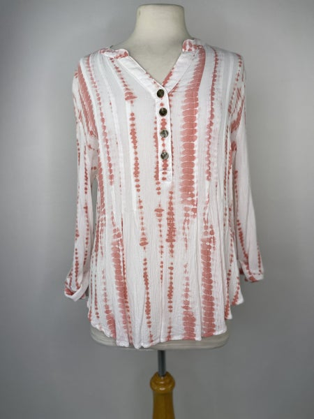 XL New Directions Coral Button Top