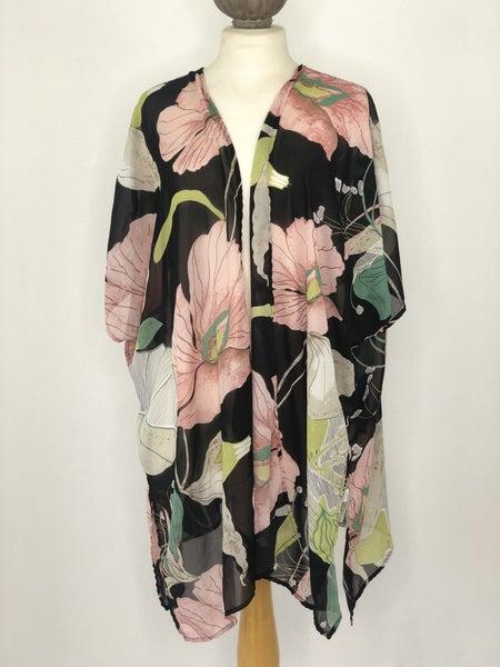M/L Umgee Black Floral Kimono