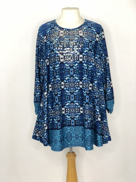 XL New Directions Blues Pattern w/ Gold Tone Stud Neckline