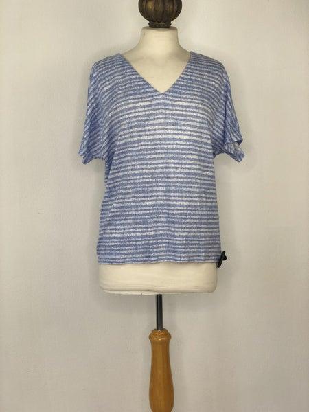 8 Chico's 100% Linen Blue Striped Top Est. Ret $70