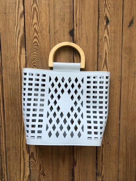 Joy Susan Light Gray Cutout Handbag *Shippable*