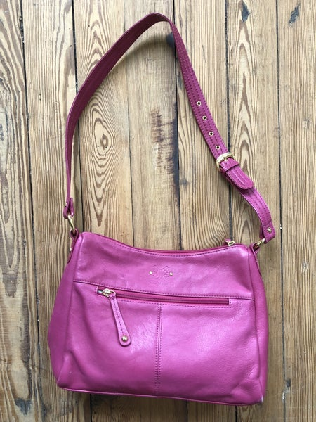 Stone Mountain Daniel Magenta Bag *As Is* Sign of Wear On Corners *LOCAL PICKUP ONLY*
