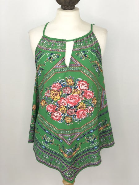 L Flying Tomato Green Paisley Sleeveless Top