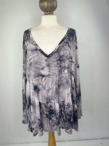 3XL Gray Tie Dye Tiered Top *as is *slight wear
