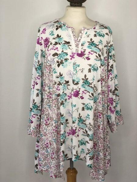 3X Intro. White/Purple/Mint Floral Top