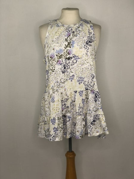M Forever 21 White/Purple/Blue Floral Tiered Tank