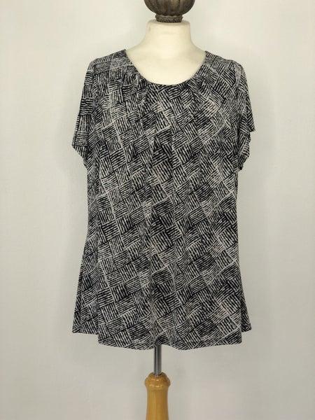 1X Worthington Woman Black/White Square Stripe Top