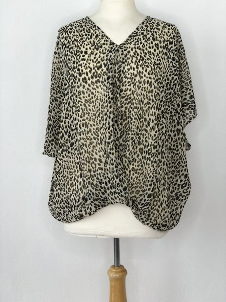 M Umgee Animal Print Tie Front Blouse