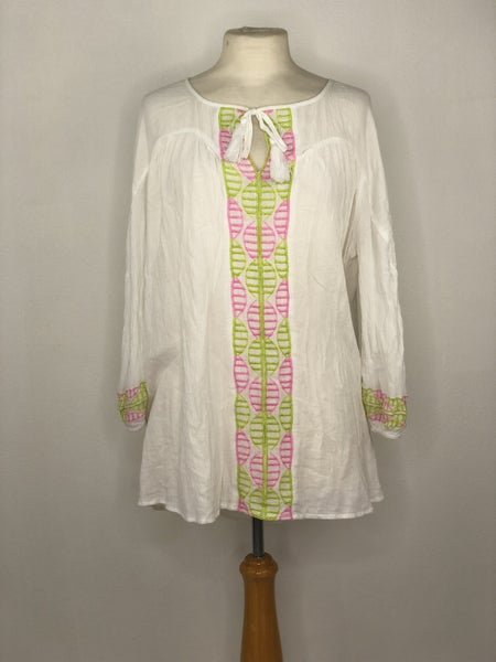 XL Crown & Ivy White/Lime Green/{ink Embroidered Tunic