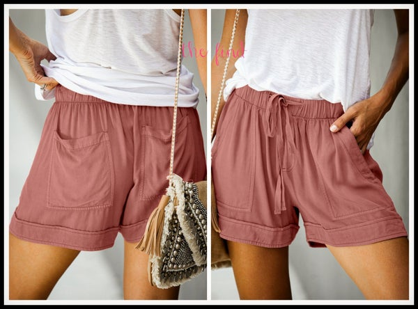 Blakely Shorts in Coral