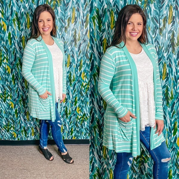Zenana Mint/Ivory Striped Slouchy Cardigan