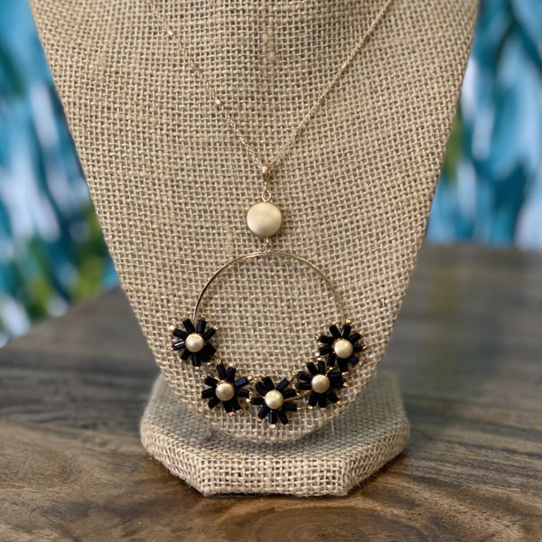 Black Flower Gold Ring Necklace