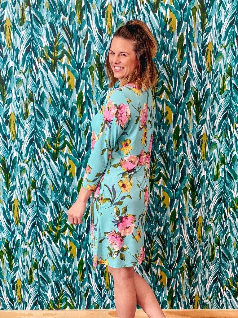 Reg/Plus Honey Me Mint Floral V-Neck 3/4 Sleeve Dress *Final Sale*