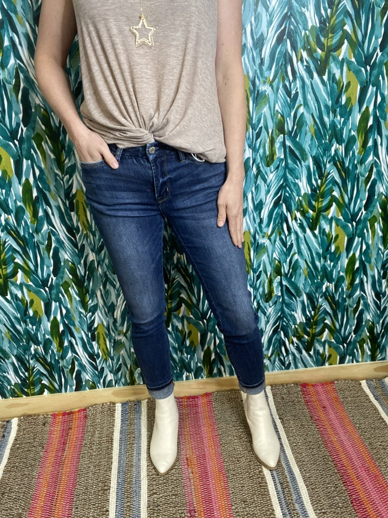 """Vervet Amber """"Overboard"""" Ankle Jeans"""