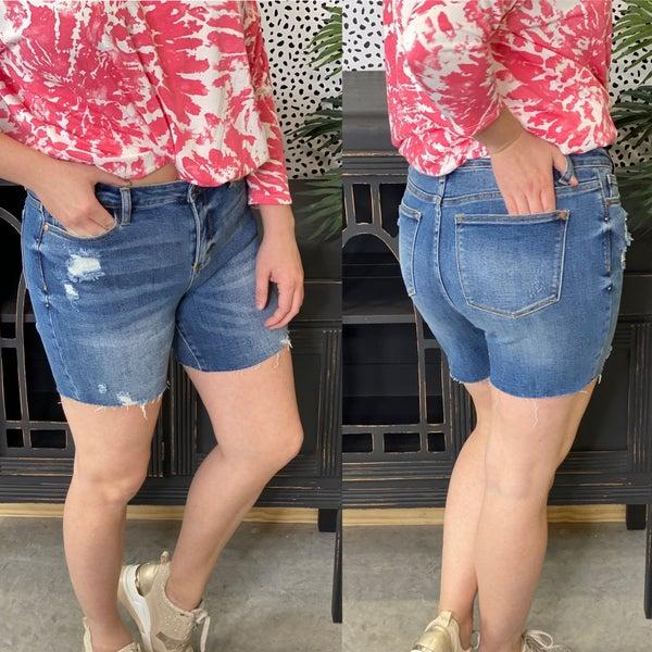 Reg/Plus Judy Blue High Waisted Mid Thigh Raw Hem Shorts