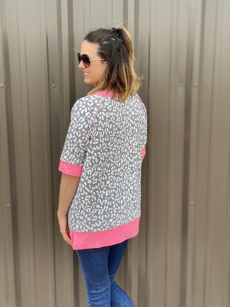 Reg/Plus Honey Me Gray Animal Weekender Top with Pink Trim