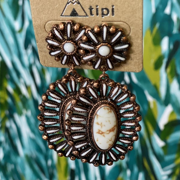 Western Inspired Cream Marbled Earrings