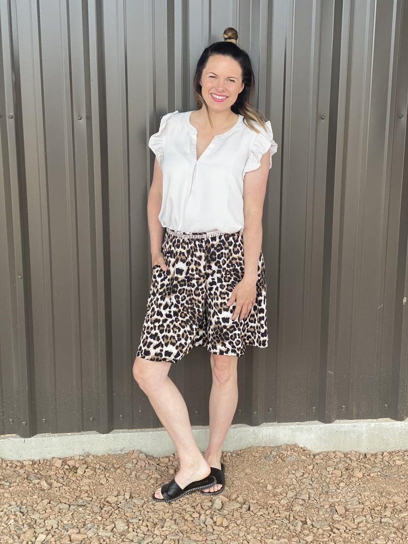 Bom Bom Leopard Shorts with Pockets