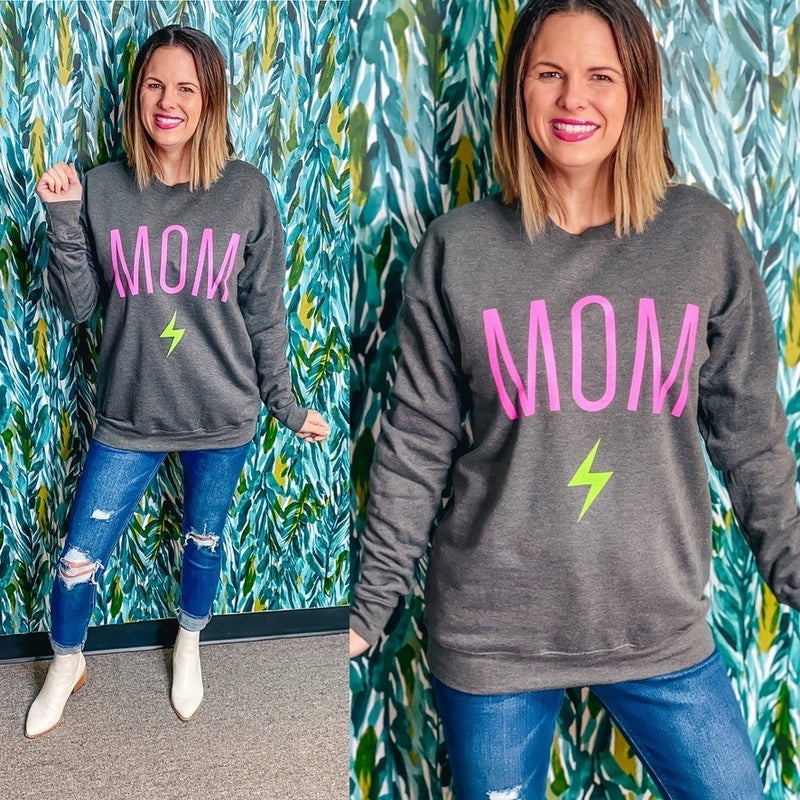 """Oliver & Otis """"Mom"""" Sweatshirt"""