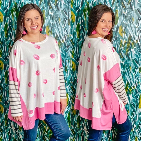 143 Story Ivory/Pink Pullover with Lips