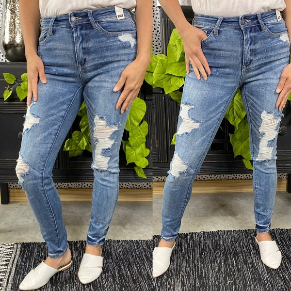 Reg/Plus Judy Blue Distressed Splattered Skinny Jeans