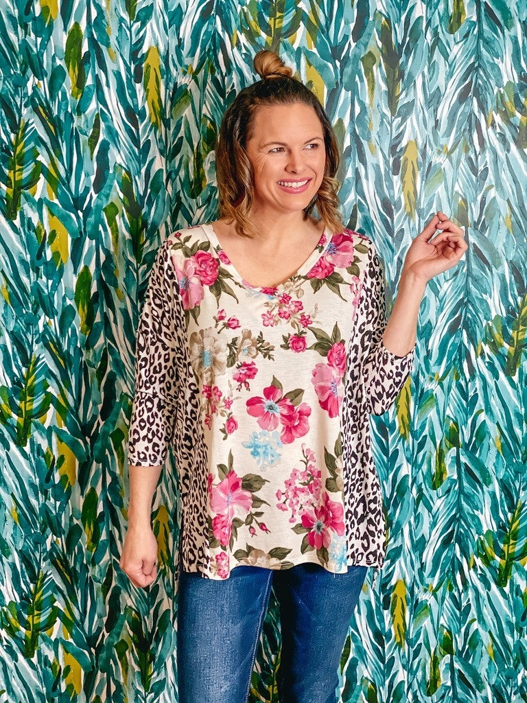 Reg/Plus Honey Me Ivory Floral V-Neck Top with Leopard 3/4 Sleeves