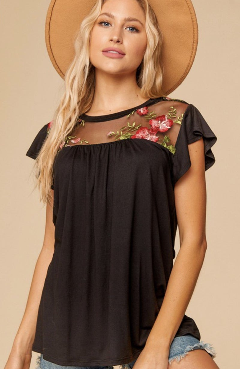 FLORAL EMBROIDERED MESS DETAIL TOP