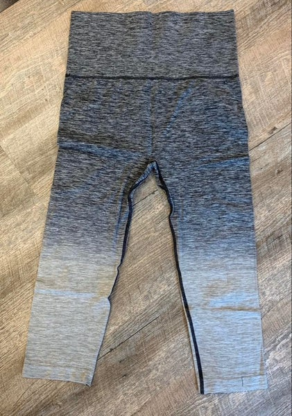 Ombre Athletic Capri Leggings w/High Waist Band-Grey