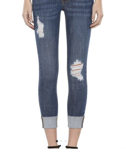 Distressed Capri Jean