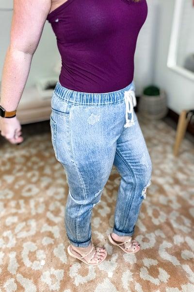 Jenna Jogger Jeans