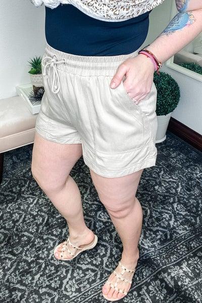 Linen Grace Shorts