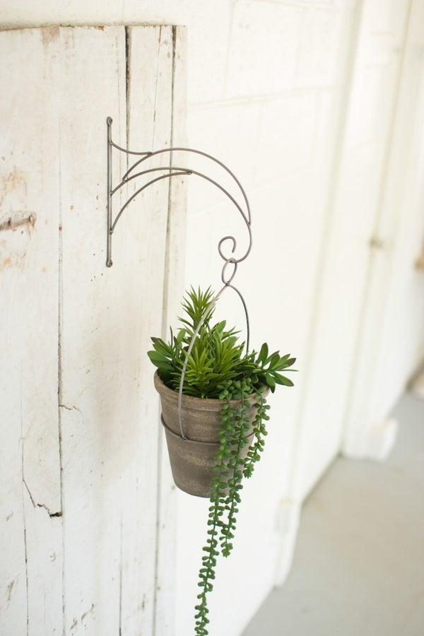 Garden + Botanica