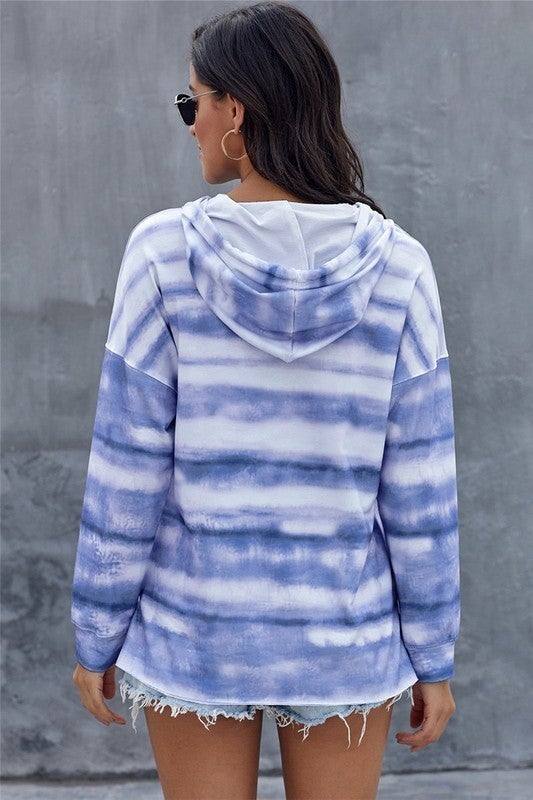 Beachy Waves Pullover