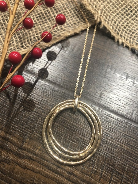 Triple Metal Rings Necklace