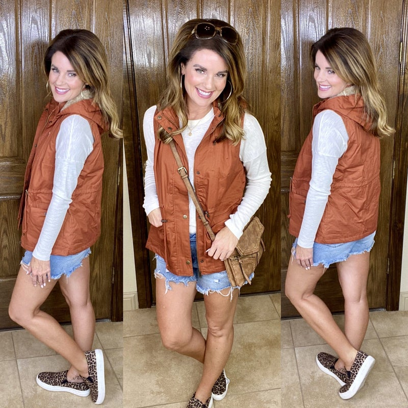 Faux Fur Lined Hooded Cargo Utility Vest w/Removable Hood