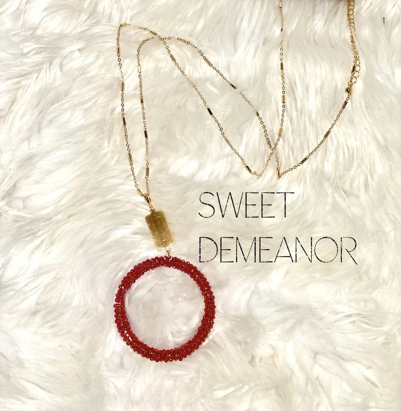 Sweet Demeanor Glass Beaded Necklace