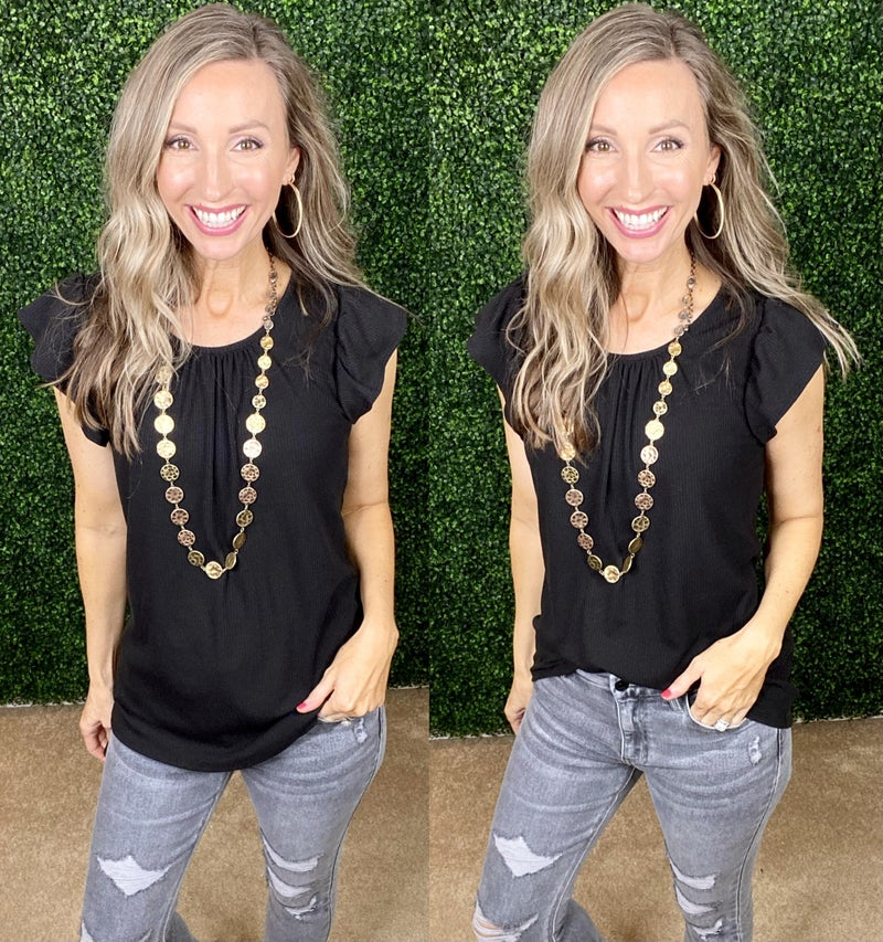 Molly Essential Top