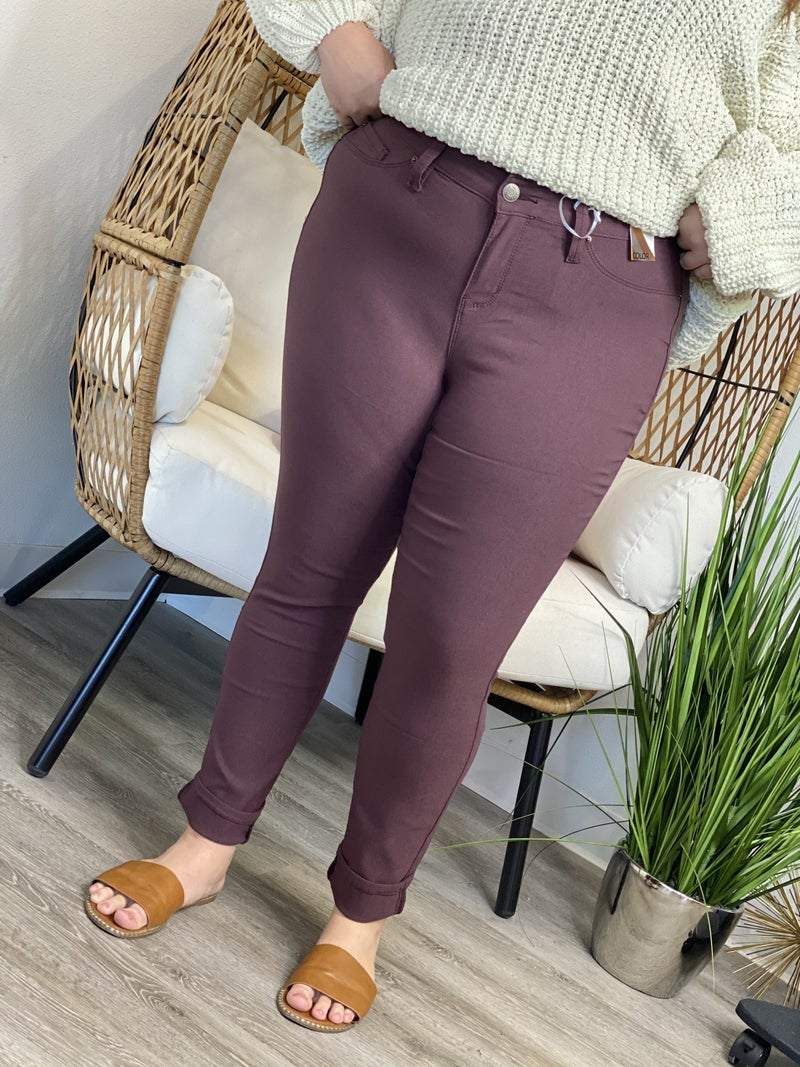The Curvy Yummy Skinnies - 4 Colors