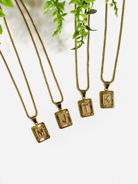 The Trend Initial Necklace