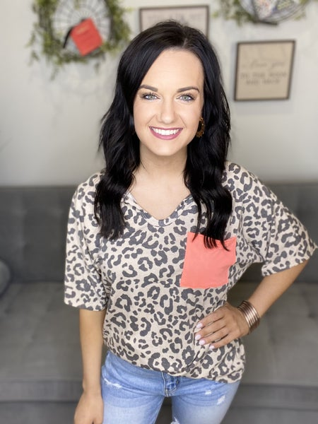 The Coral Leo Pocket Top