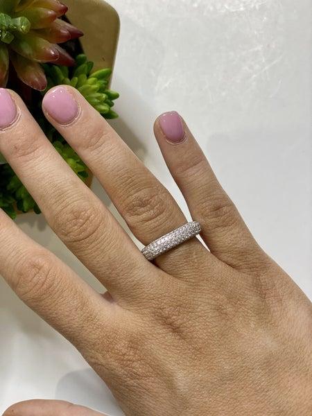 Medium Charlotte Rings