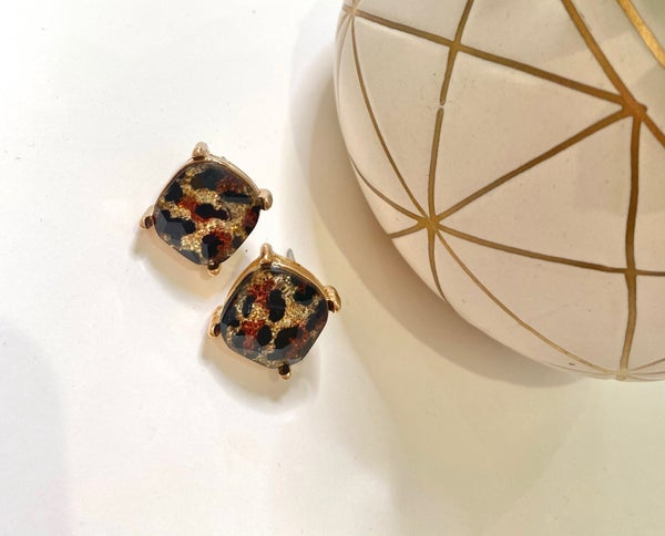 LD STEAL #45: The Leo Studs