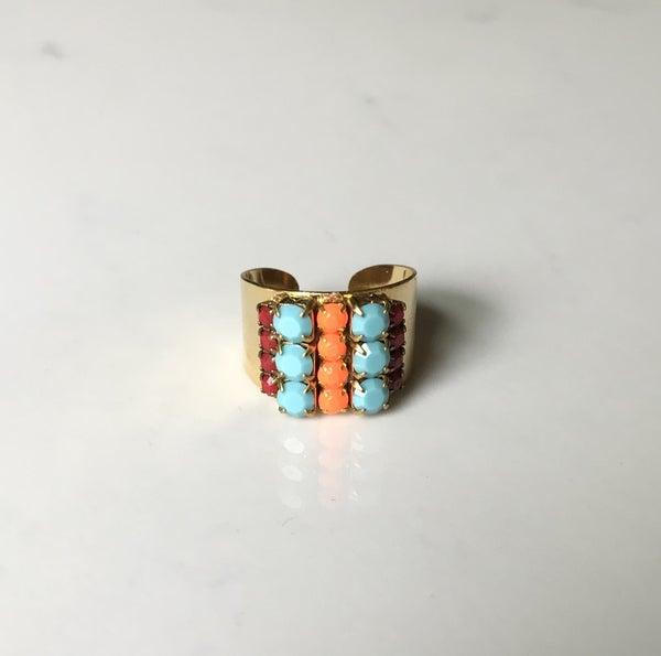 The Summer Vintage Crystal Ring