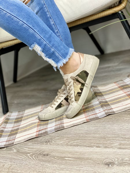 Weathered Camo Sneaks