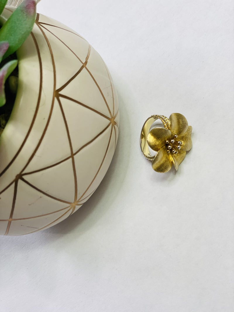 The Golden Flower Ring