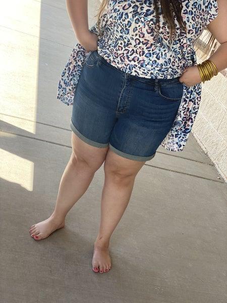 Curvy Cuffed High Rise Shorts