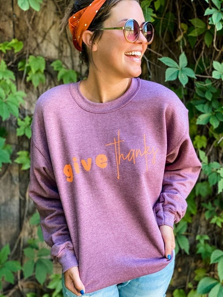 Give Thanks Pullover