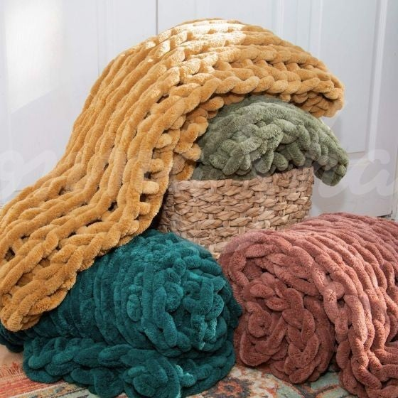 Chunky Chenille Throws - 5 Colors