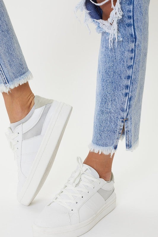 The Kelly High Rise Mom Jeans