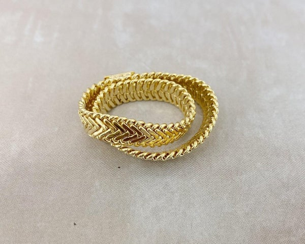The Kelly Chain Ring